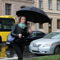 Под дождём... :: Вера Моисеева