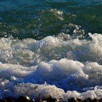 Море вспенилось :: Сергей Беляев