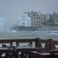 Кафе с видом на шторм :: Игорь Кузьмин