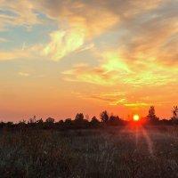 Осенний рассвет. :: Kassen Kussulbaev