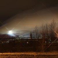 Ночь, а завод не спит :: Андрей Бурухин
