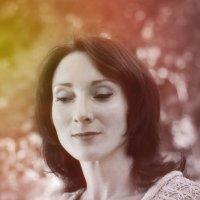 Лицо освещает внутренний свет :: Ирина Данилова