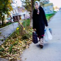 ...она практически приходит к каждому и не с пустыми, к сожалению, руками... :: Сергей Андрейчук