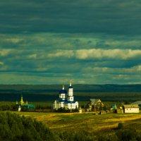 Монастырь... :: Артём Бояринцев