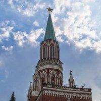 Башня Московского Кремля :: Сергей Sahoganin