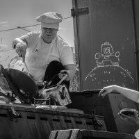Хозяйки полевой кухни :: Марк Э