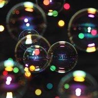Волшебство в воздухе. Мыльные пузыри. :: IS_Irin .
