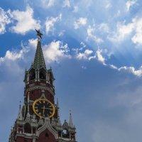 Спасская башня Московского Кремля :: Сергей Sahoganin