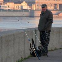 Рыбак... :: Владимир Гилясев