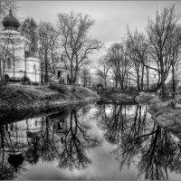 Старинное Никольское кладбище :: tipchik