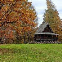 Часовенка в лесу :: Евгений Никифоров