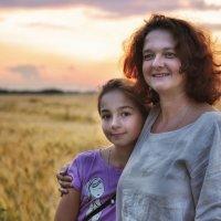 Мы смотреть закат ходили... :: Ирина Данилова