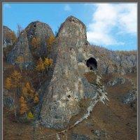 тропа в пещеру :: Валерий Блинов