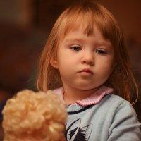 с куклой :: Дмитрий Камардин