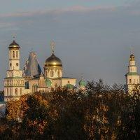 Утро (Ново-Иерусалимский монастырь г.Истра) :: Иван Анисимов