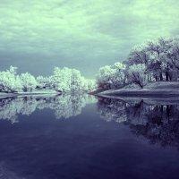 У озера :: Alexander Varykhanov