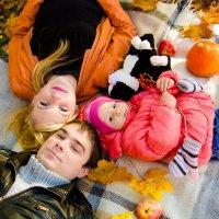 Осеняя семья. :: Инта