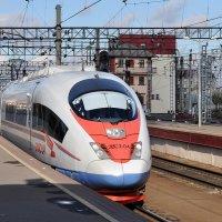 Начало путешествия из Москвы в Петербург :: Владимир Лисаев