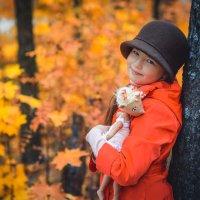 Осень в красном :: Galina Zabruskova