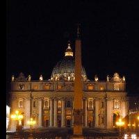 Ватикан ночью. Собор Св. Петра :: Алла Захарова