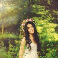 девушка в лесу :: Ольга Клевцова