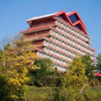 Отельчик в горах :: Сергей Форос