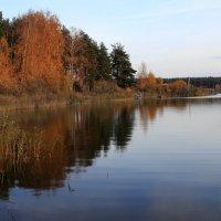 Осень на озере :: OlegVS S