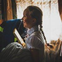 Ей только дали шоколадку, а она на радостях уже)) :: Света Кондрашова
