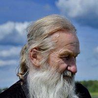 Монах из Иверского мужского монастыря. Валдай :: Виталий Половинко