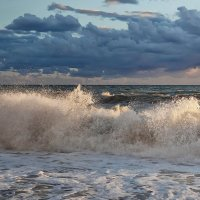 Свет на гребне волны :: Vladdimr SaRa