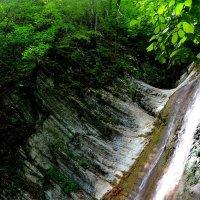 небольшой водопад :: Ирина Бучева