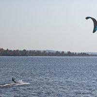 Летящий по воде :: val-isaew2010 Валерий Исаев