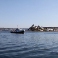 По голубой глади моря... :: Dogdik Sem