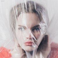 Холодные взгляды... :: Сергей Саврасов
