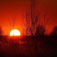 Закат в последнии морозные дни октября. 01. :: Анатолий Клепешнёв