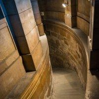 Лестница в крипту, собор Св. Марии, Марсель :: Александр Димитров