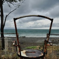 Над морем - сны , за морем - ни души, и смотрят будни в небо с поволокой :: Ирина Данилова