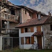 Ветхий дом. Белуно (Италия) :: Андрей Спиридонов