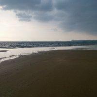 Пляж и дождь :: Микто (Mikto) Михаил Носков