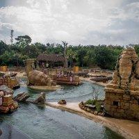 Ангкор представляет собой водный аттракцион. :: Надежда