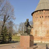 Памятник Федору Коню и часть его творения :: Вика Азарова