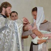 Таинство крещения... :: Николай Варламов