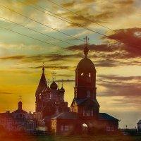 На закате. Киселёвск Храмовый комплекс :: Валентин Прокудин