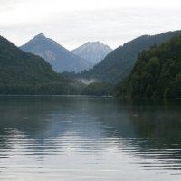Горное озеро... :: Алёна Савина