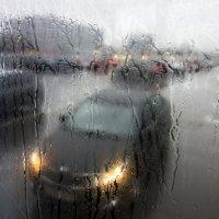 Дождь в городе :: Алексей Окунеев