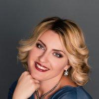 Портрет Елены :: Любовь Еремеева
