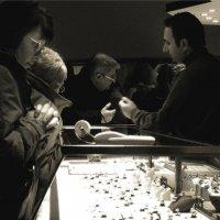 Лучшие друзья девушек. Музей бриллиантов. Антверпен. 2008 г. :: Николай Семёнов