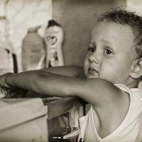 Умываются все дети по утрам и вечерам... :: Ирина Трифонова