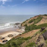 """Дикий пляж """"Арамболь"""" на Северном Гоа...Индия... :: Александр Вивчарик"""