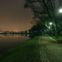 Вечер в парке :: Эдуард Пиолий